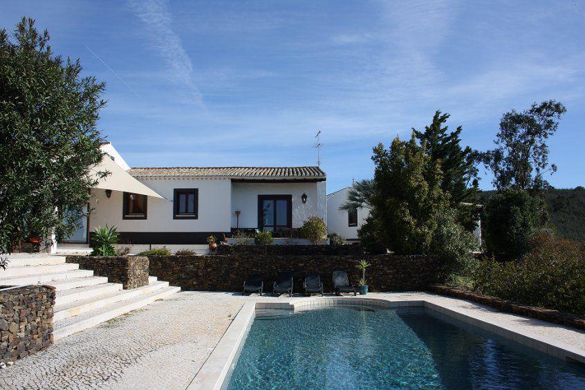 vakantievilla-met-zwembad-algarve-portugal